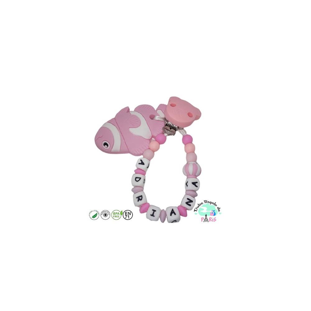 Chupetero en rosa con osito y adorno mixto rosa y blanco con mordedor pececito rosa
